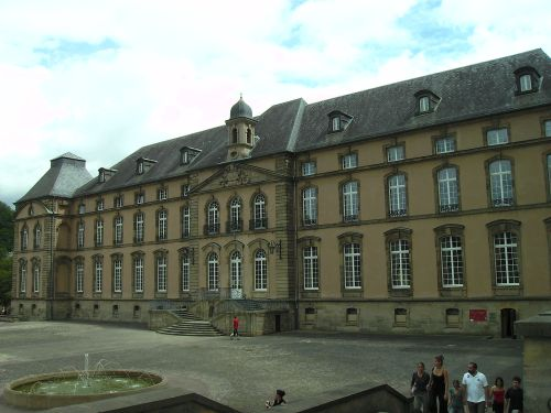 Echternach_Abtei_Ostflügel
